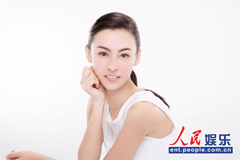 高清:张柏芝最新广告大片曝光 素颜出镜自然纯净