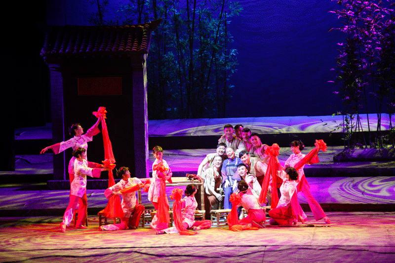 江西赣南采茶歌舞剧院采茶戏《八子参军》