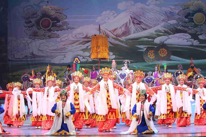 青海省藏剧团黄南州民族歌舞剧院歌舞《热贡神韵》【12】