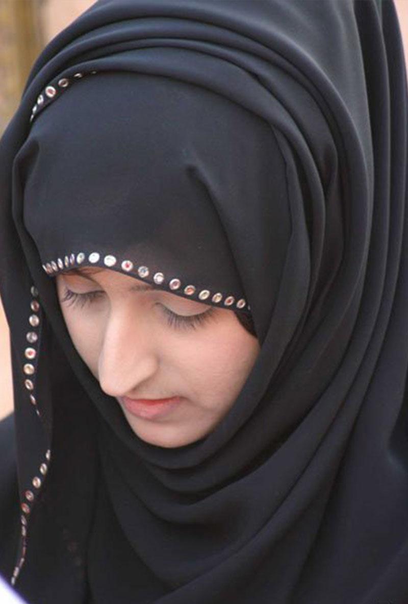 女神学霸_伊朗美女成灾 女子找丈夫比找工作难【10】--山东频道--人民网