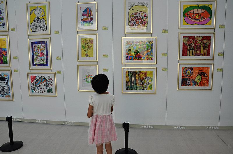 """""""美丽中国·我的梦——山东省首届幼儿创意绘画展""""山东美术馆举办"""