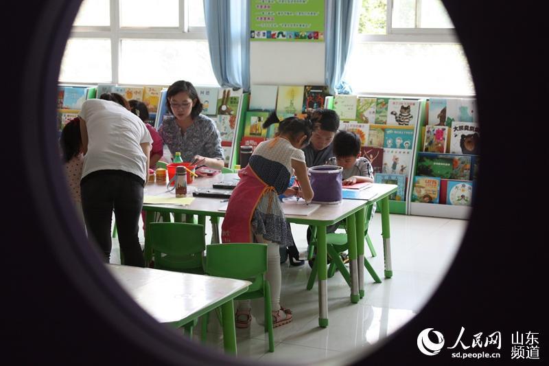 济南儿童学画画