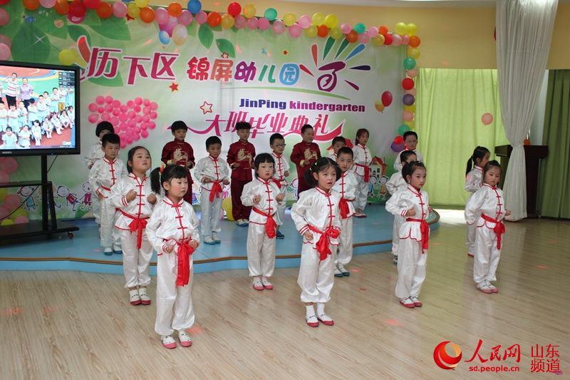 六一儿童舞蹈妆容图片简单易学