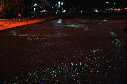 银河星空洒落人间青岛沧口公园打造星光广场