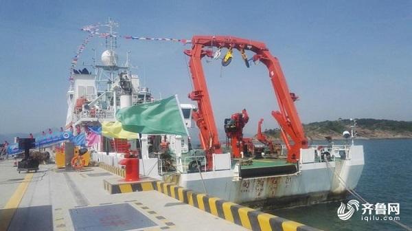 """""""向阳红01""""完成环球海洋综合科考返回青岛"""