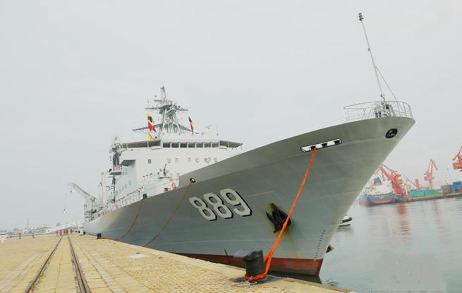 海军第二十八批护航编队载誉凯旋