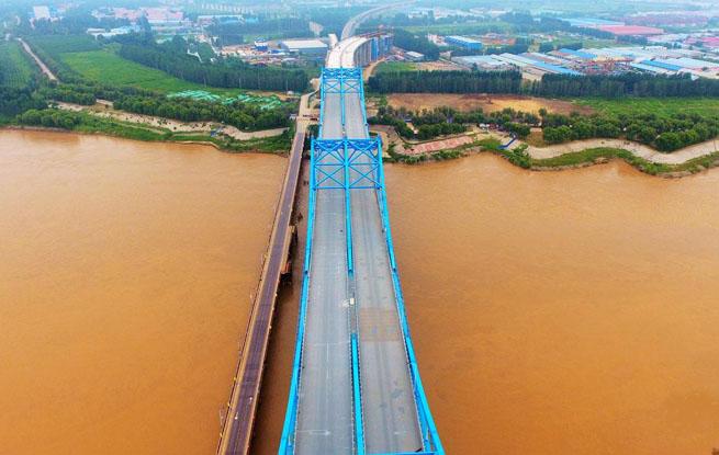 石济高铁济南首条跨黄河公铁两用桥静态验收