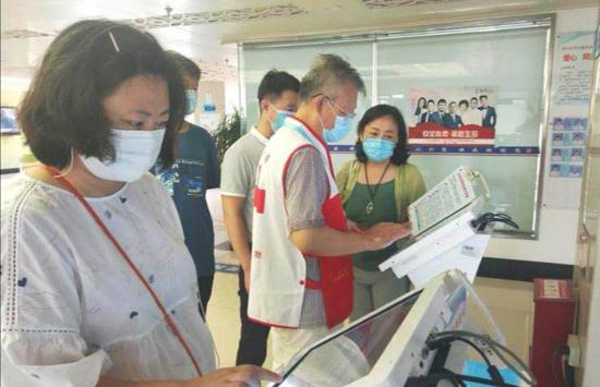 山东青岛:退伍不褪色!为人民献出热血