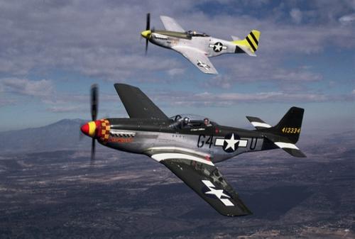 美国老式p-51野马战斗机